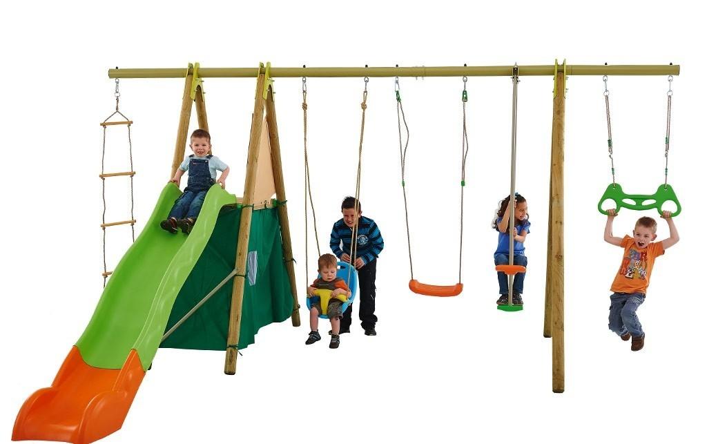 portique en bois pour enfant cirque et balancoire. Black Bedroom Furniture Sets. Home Design Ideas