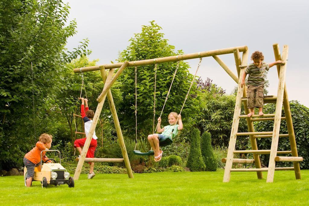 portique en bois pour enfant abri de jardin et balancoire id e. Black Bedroom Furniture Sets. Home Design Ideas
