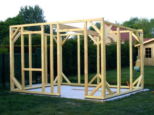 Abri jardin a fabriquer - Abri de jardin et balancoire idée