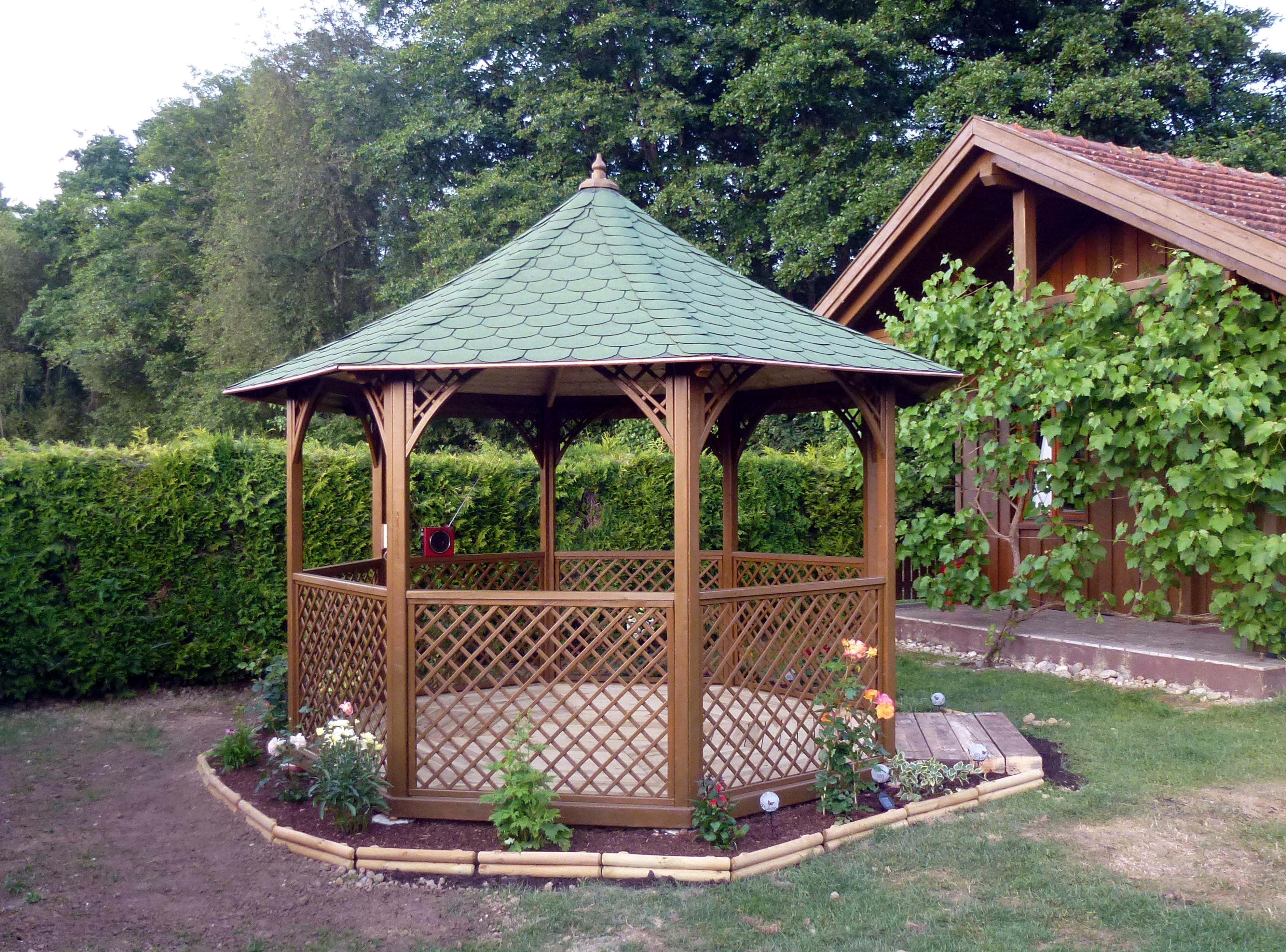 Cabane jardin ronde - Abri de jardin et balancoire idée