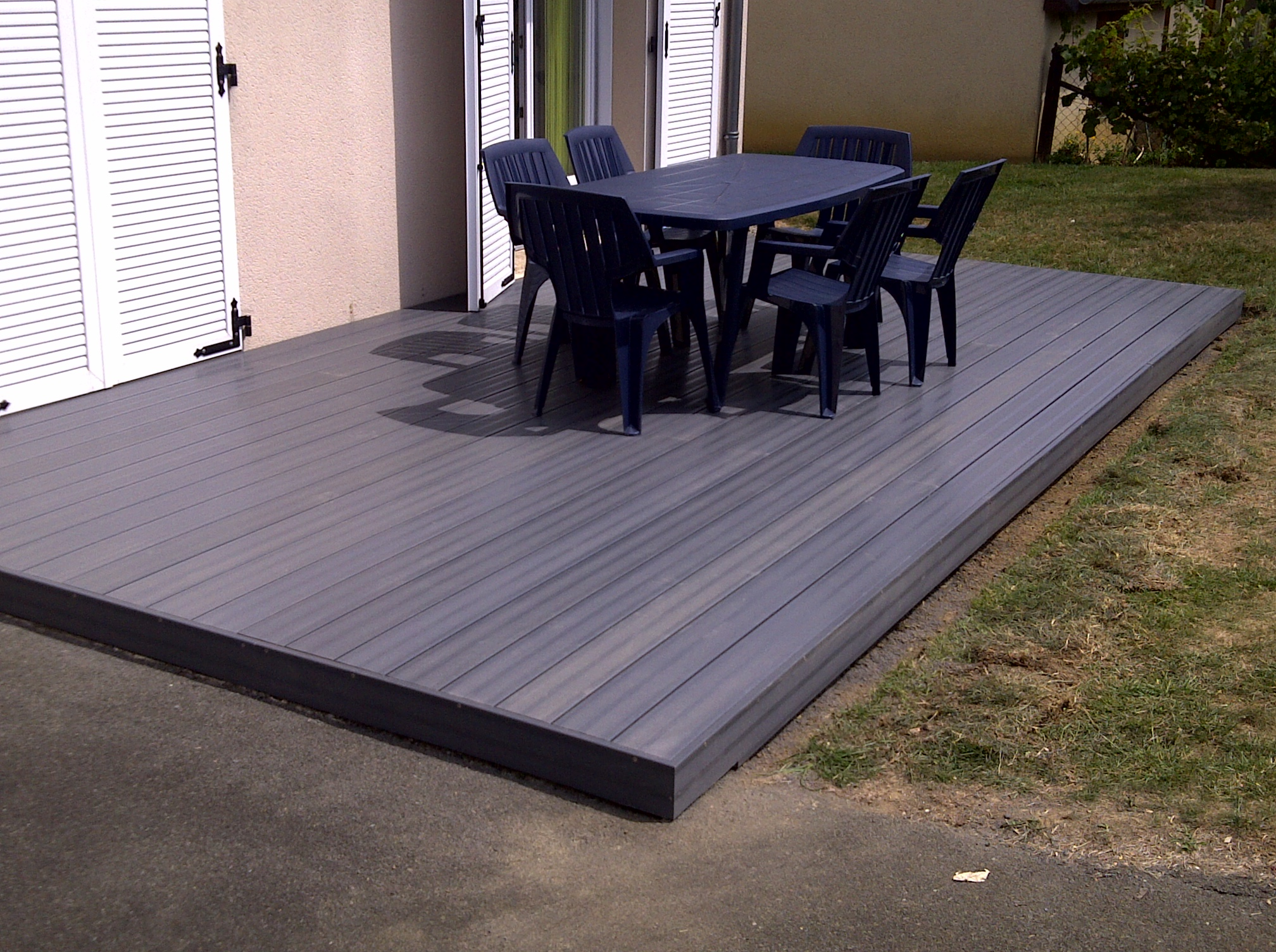 Salon de jardin pour terrasse composite - Abri de jardin et ...