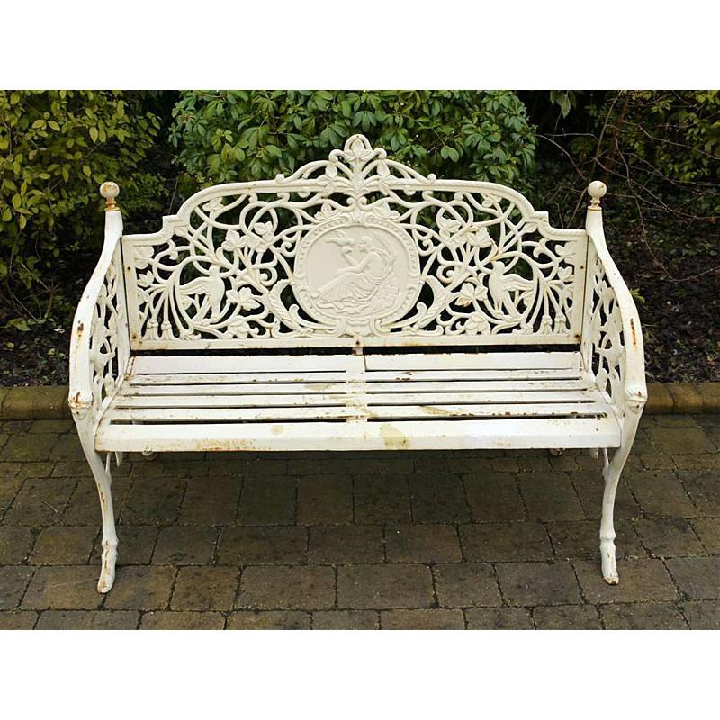 Banc blanc salon de jardin - Abri de jardin et balancoire idée