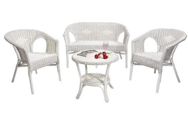 Salon de jardin blanc en rotin - Abri de jardin et balancoire idée