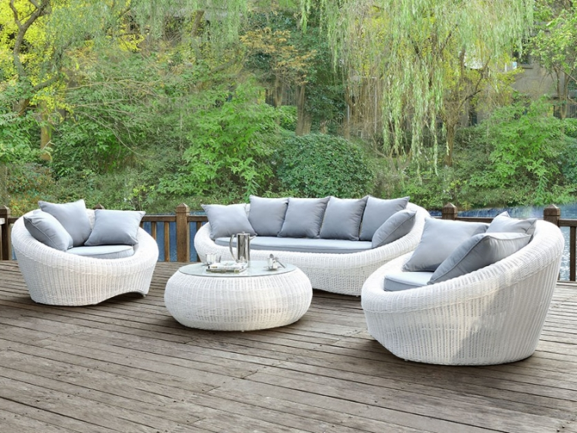 salon de jardin osier blanc abri de jardin et balancoire. Black Bedroom Furniture Sets. Home Design Ideas
