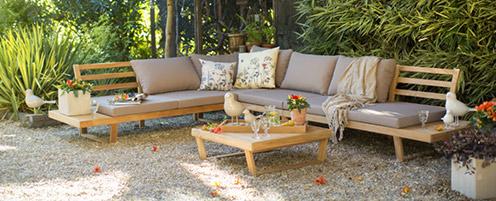 Salon de jardin en bois blooma - Abri de jardin et balancoire idée