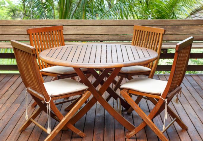 Poncer salon de jardin bois exotique - Abri de jardin et balancoire idée