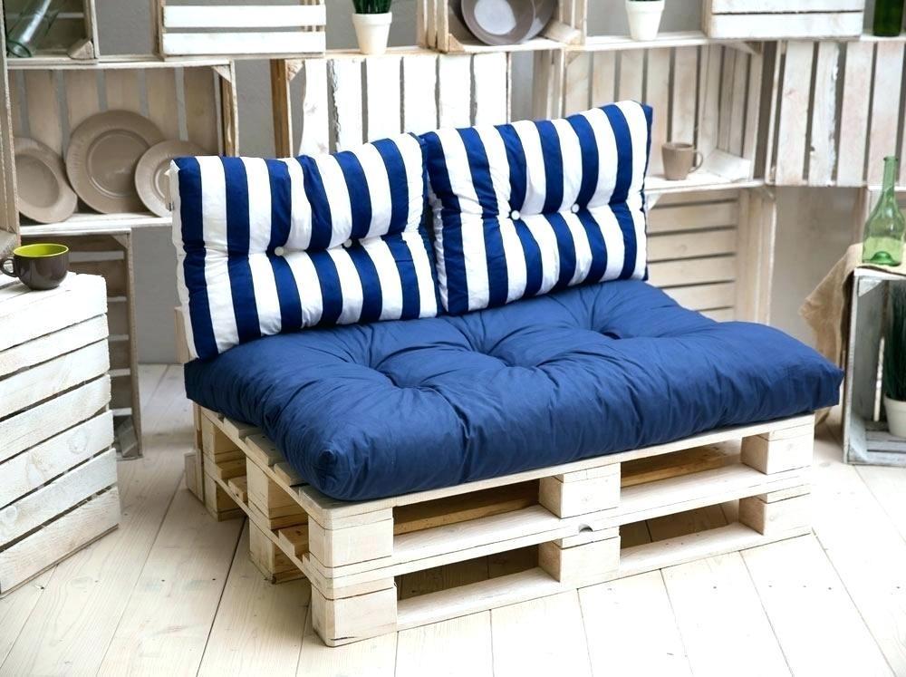matelas pour salon de jardin palette abri de jardin et. Black Bedroom Furniture Sets. Home Design Ideas
