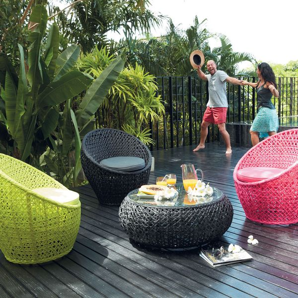 Mobilier de jardin coloré