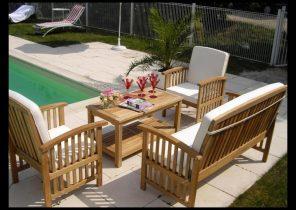 Renover salon de jardin en acacia - Abri de jardin et balancoire idée