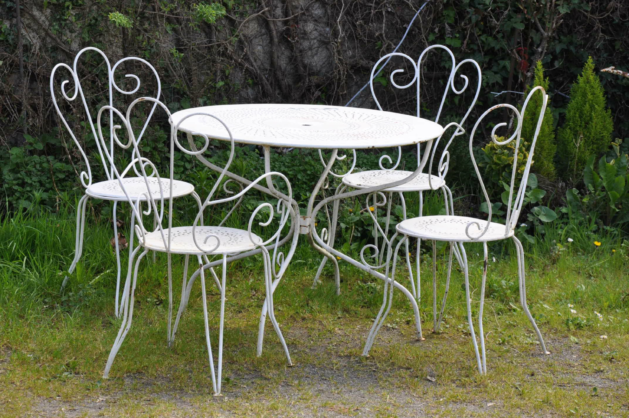 Salon de jardin romantique blanc - Abri de jardin et ...