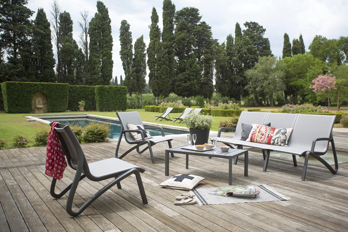 Salon de jardin beige grosfillex - Abri de jardin et balancoire idée