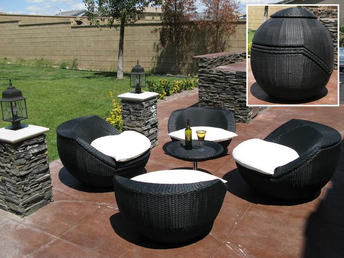Salon de jardin arrondi noir - Abri de jardin et balancoire idée