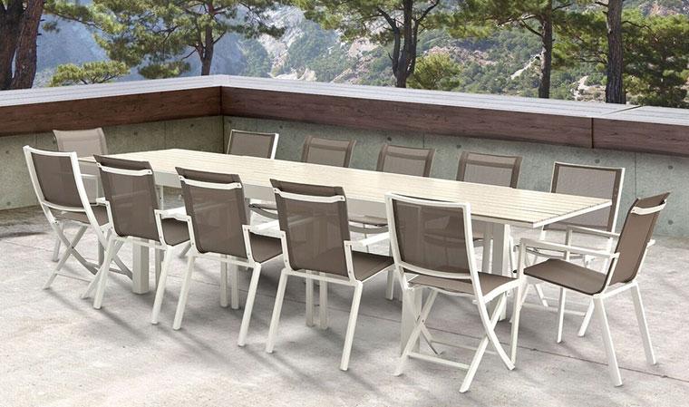 Salon de jardin en aluminium blanc - Abri de jardin et balancoire idée