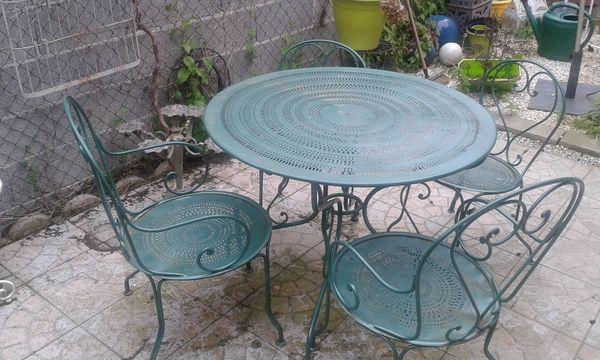 Salon de jardin fer forgé fermob - Abri de jardin et balancoire idée