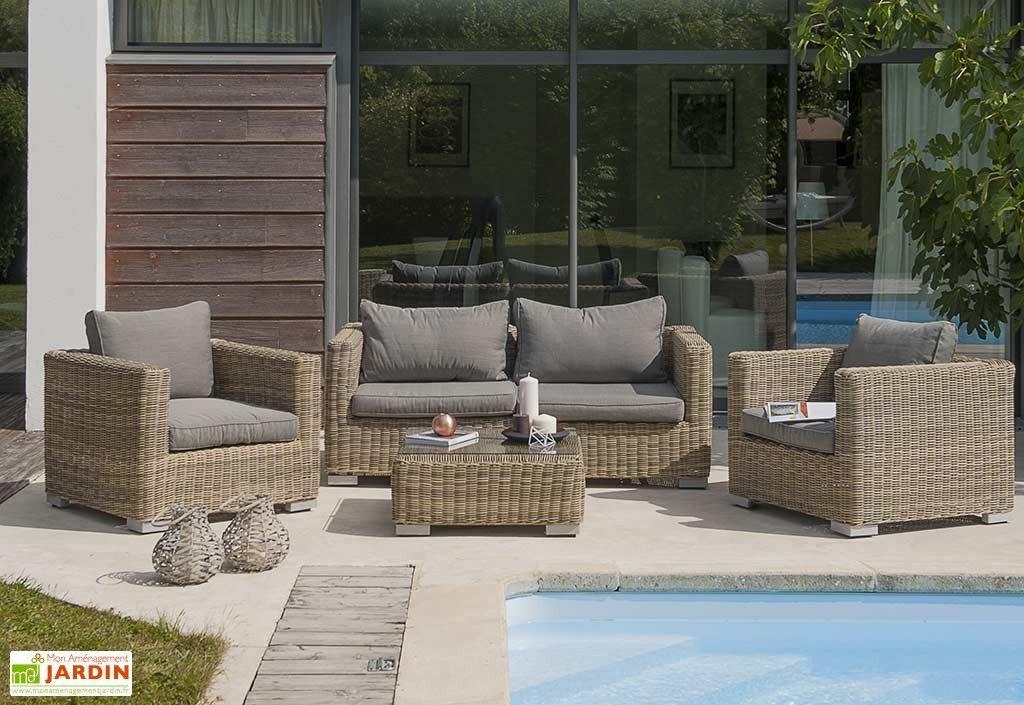 Salon de jardin couleur sable - Abri de jardin et balancoire idée