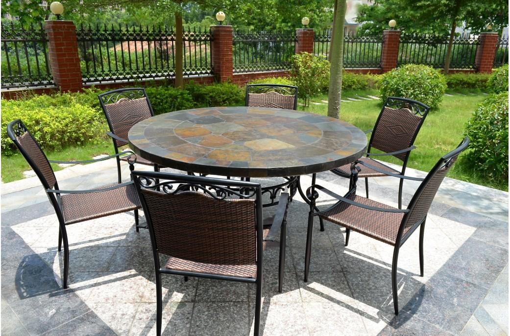 Table de salon de jardin en mosaique - Abri de jardin et balancoire idée