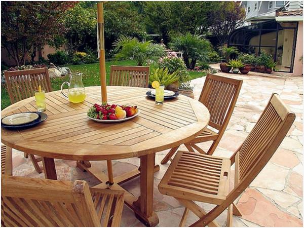 Salon de jardin en bois table ronde - Abri de jardin et balancoire idée