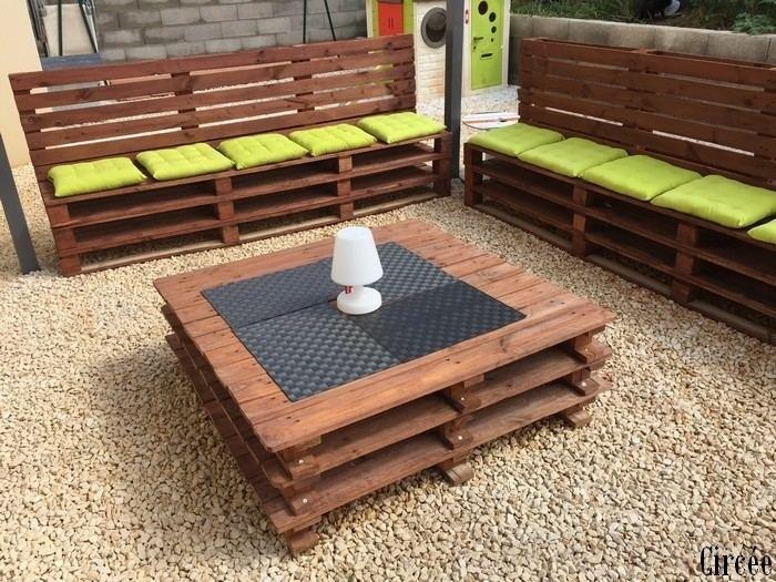 Image de salon de jardin en palette - Abri de jardin et balancoire idée
