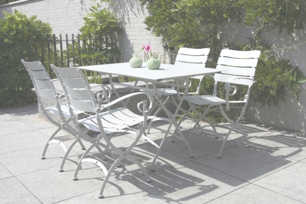 Salon de jardin fer forgé gris - Abri de jardin et balancoire idée
