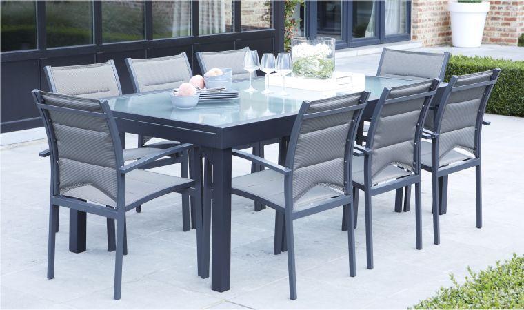 Salon de jardin table et fauteuils