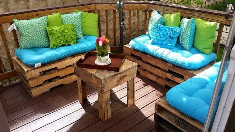 Idee deco salon de jardin palette - Abri de jardin et balancoire idée