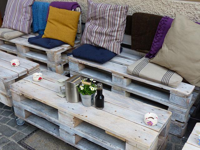 Idee de salon de jardin avec des palettes - Abri de jardin ...