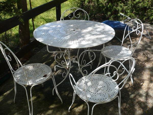 Salon de jardin fer unopiu - Abri de jardin et balancoire idée